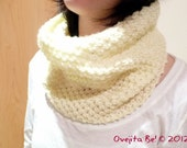 Cowl Neck Scarf in ivory white, hand knitted