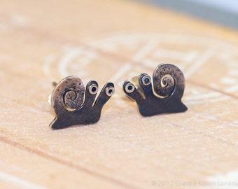 SNAIL Sterling Silver Stud Earrings Mini Zoo series