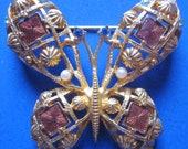Vintage Gold Tone Butterfly Dome Brooch - AVON