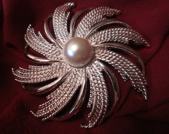 Pinwheel Blowing In The Breeze - Silver Tone SARAH COVENTRY Brooch