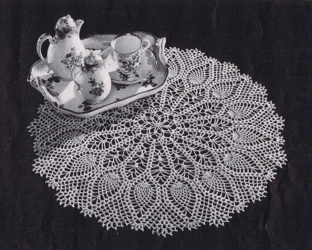 Pdf large pineapple doily vintage crochet pattern c 1953 zoom bankloansurffo Images