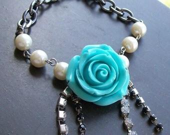 Chain Bracelet Blue Rose and Chain Bracelet