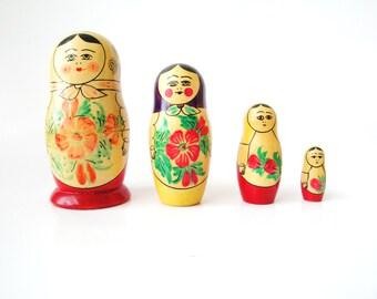 Vintage Russian Nesting Dolls Matryoshska Babushka Set of 4