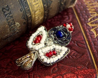 Vashti - Rich Renaissance Queen Indian Applique Pin with Gold and Silver Bullion Embroidery