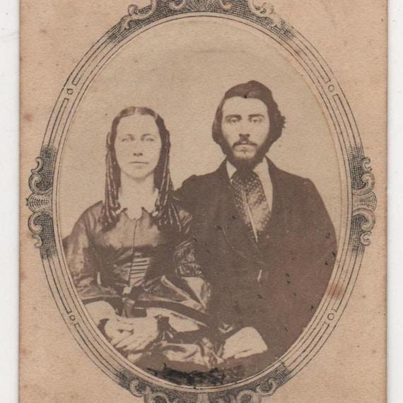 Vintage CDV photo 1860s Couple Stylish Civil War Era Kellogg Brothers Ct.