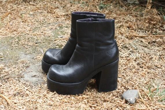 vintage 90s GOTH GRUNGE PUNK womens chunky platform black boots size 8-8.5