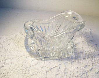 Glass Sleigh Candy Bowl CIJ //