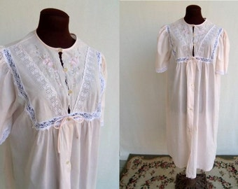 Vintage 60's 70's Robe House Coat in Pink Cotton Embroidered Detail  Size Medium
