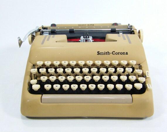 Vintage Portable Typewriter Smith Corona tan color