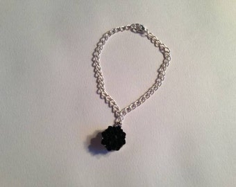 Silver Bracelet -  Black Flower Charm Jewelry - Chain Jewellery - Handmade - Fashion - Gift - Charm Bracelet