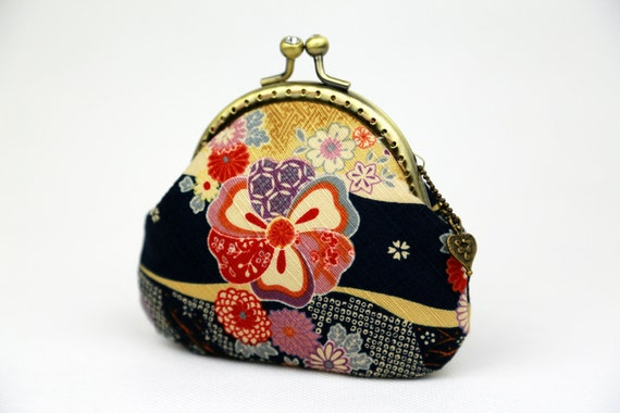Coin Purse - Sakura Chrysanthemum - Cotton Fabric with Metal Frame
