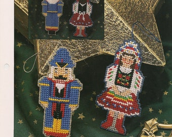 Nostalgic Christmas Ornaments Plastic Canvas Patterns Annies Club Patterns
