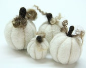 Four White Pumpkins Felt Fall Autumn Home Decor Thanksgiving Halloween Needle Felt Waldorf Party Favor