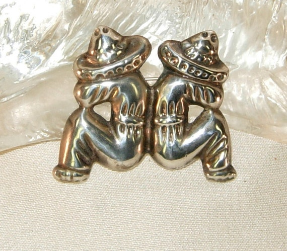 Vintage 50's sterling silver brooch,Mothers Day gift, Anniversary gift,,Silver Brooch,Mexican siesta brooch,Mexican twins silver brooch.