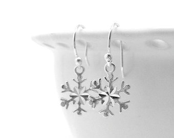 Snowflake Earrings, Sterling Silver Jewelry, Winter Holiday Christmas Jewelry, Snowflake Jewelry, Snowflakes