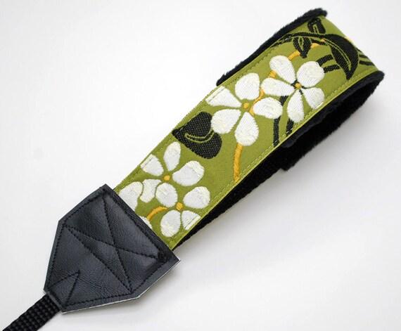 Camera Wrist Strap - DSLR Camera Strap - Green Camera Strap - Padded Camera Strap - Photographer Gift - Camera Gear - Green & White Blossom