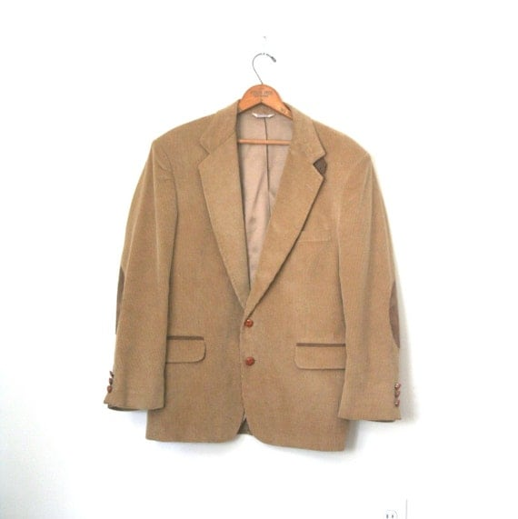 1980's sportcoat / jacket CORDUROY wide wale / tan ELBOW PATCHES professor . 40s