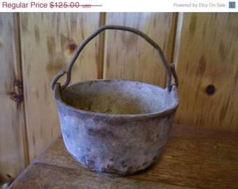 Griswold Cast Iron Cauldron Pot Number 6 Primitive 1800's Country Americana SALE