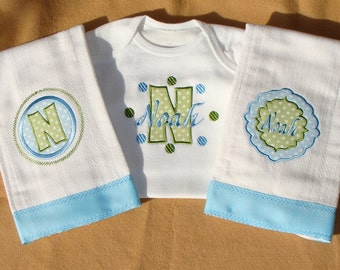 Embroidered baby monogrammed bodysuit and burp cloths set