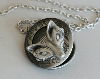 Locket,Fox Locket,Antique style Locket,Silver Locket,Woodland,Fox Necklace