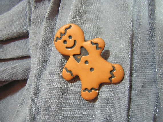 Gingerbread Man Pin - Handmade by Rewondered D225P-00009 - $5.95