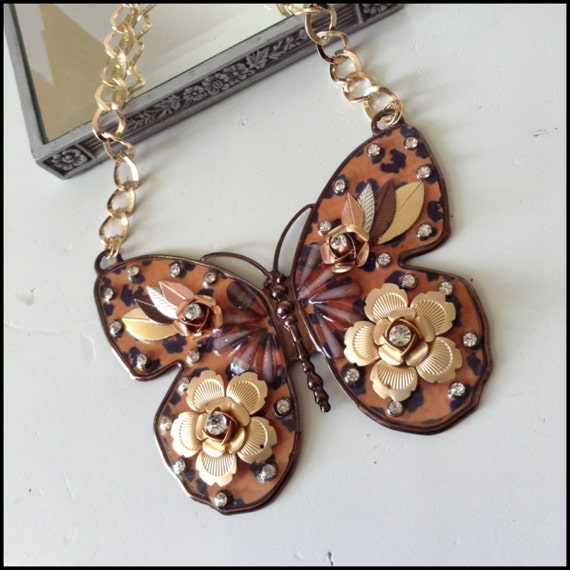 Leopard enamel flower butterfly necklace