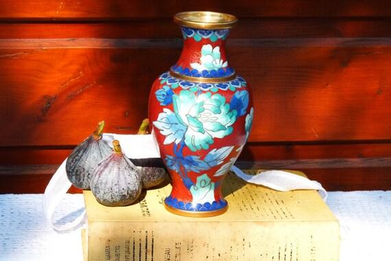 SALE 50% OFF, Lovely Vintage Chinese Cloisonne Brass Enamel Vase