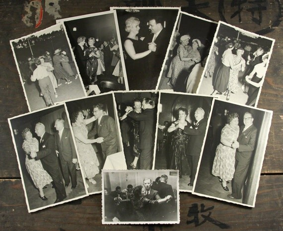 """20 Vintage Photos """"Dance With Me"""", Photography, Paper Ephemera, Snapshot, Old Photo, Collectibles - 179"""