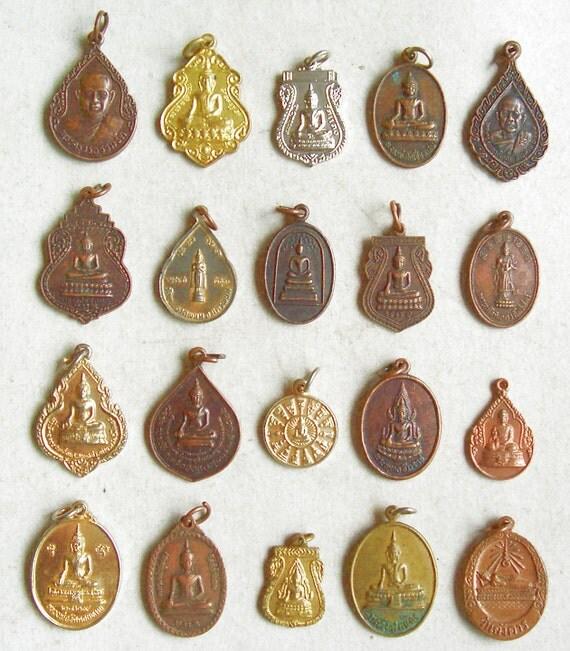 20 Thai Buddhist Buddha Lucky Pendants Brass
