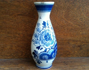 Vintage Dutch Delft Flower Vase Ornament Blue White circa 1960's / English Shop