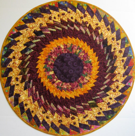 Autumn Table Topper, Quilted Fall Medallion