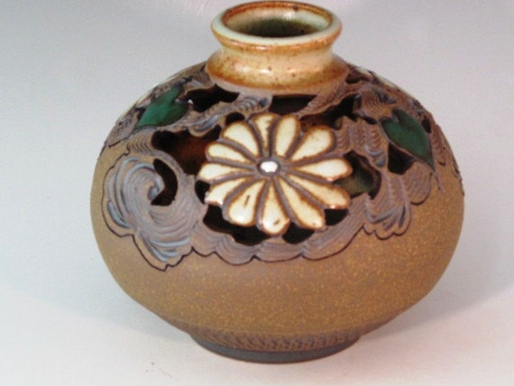 Beautiful Bud Vase With Carved Flowers And Green Hearts With Swirl Design