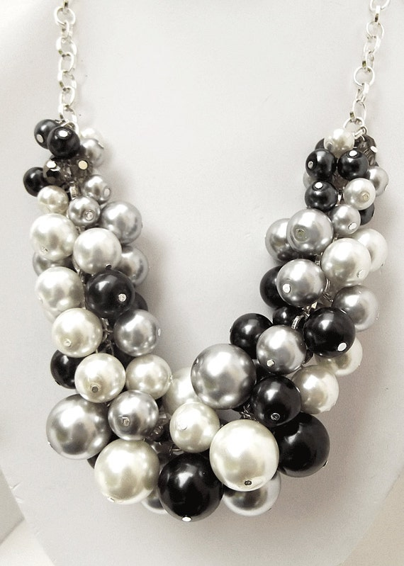 Chunky Beaded Necklace Pearl Statement Necklace Black White
