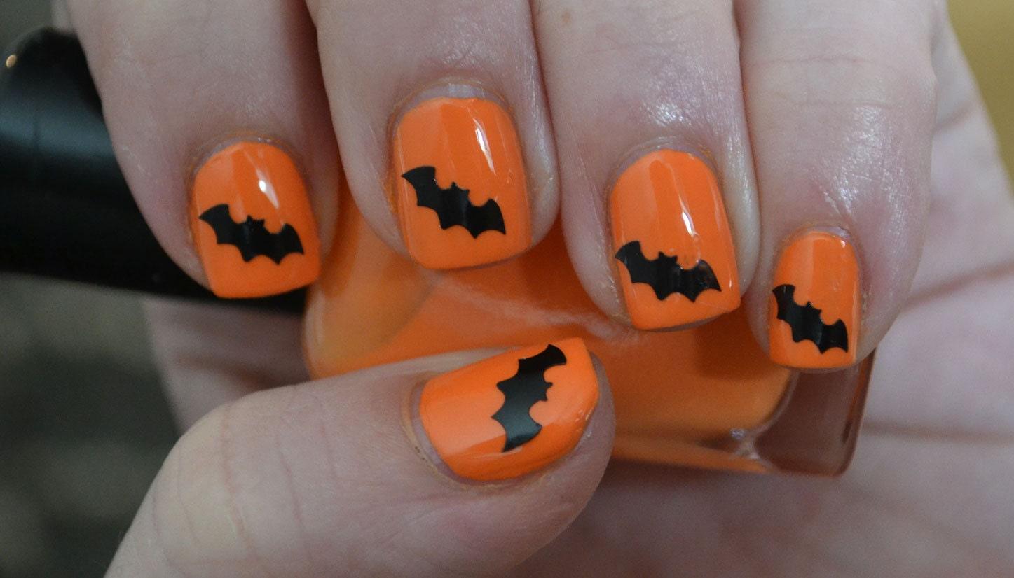 Black Bats Halloween Vinyl Nail Decals Set by MakeitStickDesigns