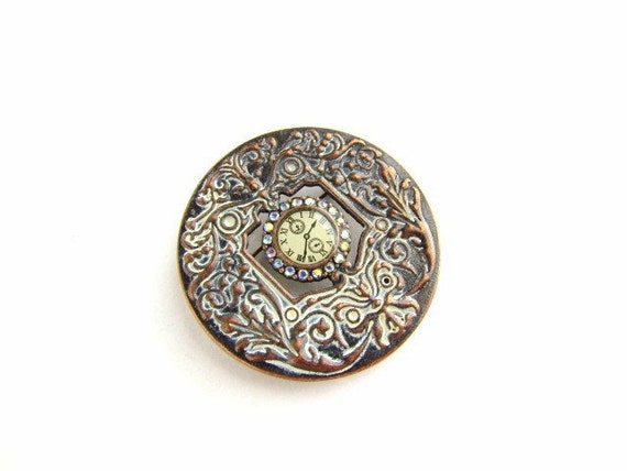 Beautiful Pendant or Brooch with Clock face