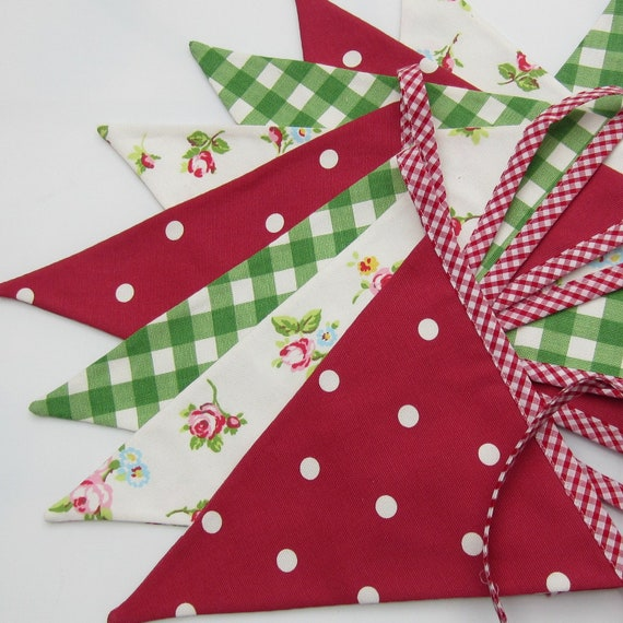 Items Similar To Fabric Bunting Christmas Decor Red Green