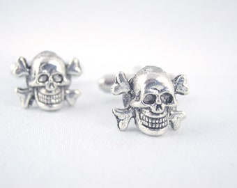Small Skull and Crossbone Cufflinks - Pirate Cufflinks Skull Cufflinks Jolly Roger Cufflinks Pirate Wedding Pirate Groom