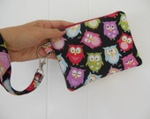 Sale-Owls Medium zipper wristlet purse-Sleepy Owls