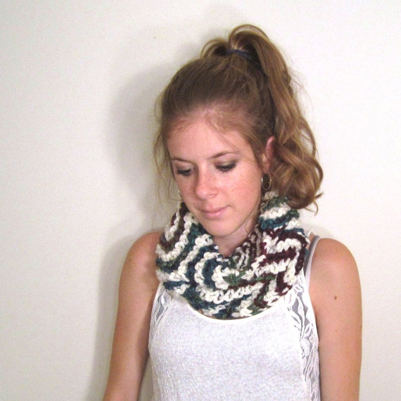 Chevron Scarf Knit White Blue- The Annapolis Cowl