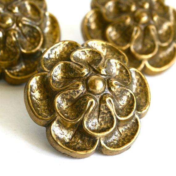 Set of 3 large floral brass dresser cabinet knobs 1960s for Glass bureau knobs