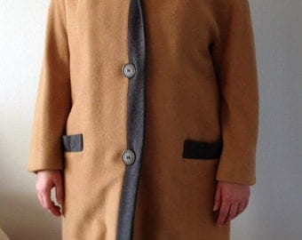 60's Vintage Coat Made of Woven Camel Hair