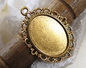 Cabochon Setting | Bezel : 10 Antique Gold Oval Cameo Cabochon Setting / Pendant Tray / Bezel / Pendant Blank ... fits 18mm x 25mm cameo H3B