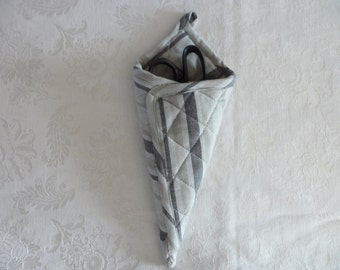 Hanging Quilted Scissor Sheath Scissor Holder