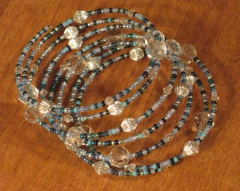 Blue and Silver Memory Wire Bracelet (B1019)