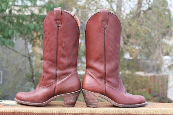 vtg. leather stacked heel western vibe cowboy boots women size 7 to 7 1/2