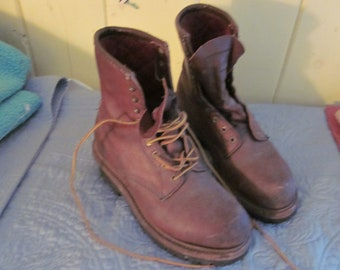 "REDUCED..Red Wing boots, vtg boots, 12"" heel to toe, mens boots work boots"