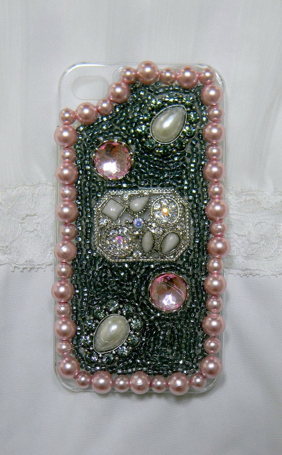 iPhone cases iPhone 4 case iPhone 4s case Hard cover Custom Handmade Bling Pearls Rhinestones Beaded Jeweled