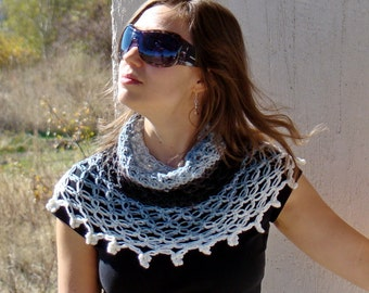 Solomon's knot white, grey and black crocheted cozy neckwarmer