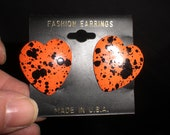 Vintage Orange Black Speckled Hearts 1980s Fashion Earrings Made In USA Enamel Cheap
