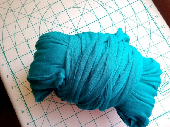 Big Teal Stretchy Machine Cut Jersey Fabric Yarn